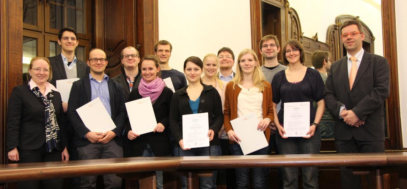 Zertifizierte Tutorinnen und Tutoren im WS 2012/13