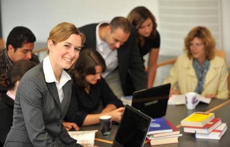 Mentoren helfen auf dem Weg ins Berufsleben