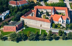 Augustinerchorherrenstuft - Kaserne/Brauerei - Flüchtlingslager - Kloster der Deutschordensschwestern und Universität: Das Nikolakloster ist ein Ort mit einer wechselvollen Geschichte.