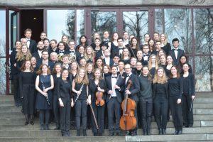 Die Musikerinnen und Musiker des Passauer Universitätsorchesters