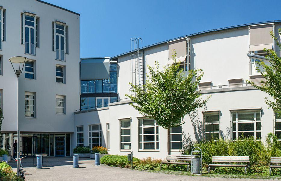 Gebäude der Wirtschaftswissenschaftlichen Fakultät
